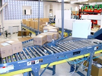 lineshaft-conveyor-system-in-distribution-center