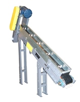 Incline Conveyor with Special Cleats for Parts