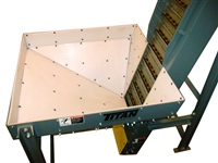 Hopper on Hinged Steel Belt Parts Conveyor