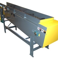 "4""-pitch-hinged-steel-belt-conveyor-inclined"