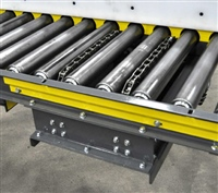 2-strand-chain-transfer-in-chain-driven-live-roller-conveyor-with-uhmw-side-rail